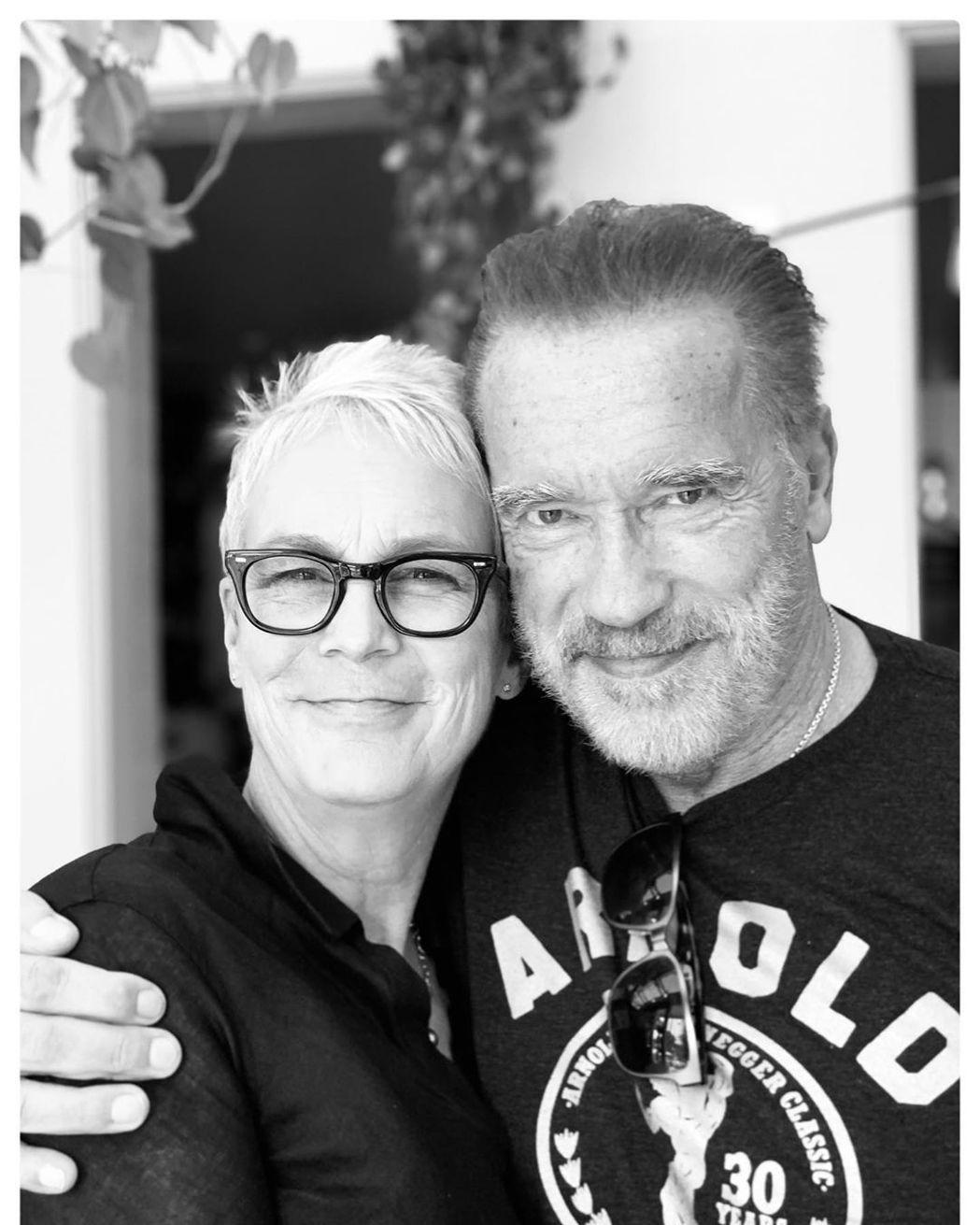 阿諾史瓦辛格與潔美李寇蒂斯25年後再重逢。圖/摘自Instagram