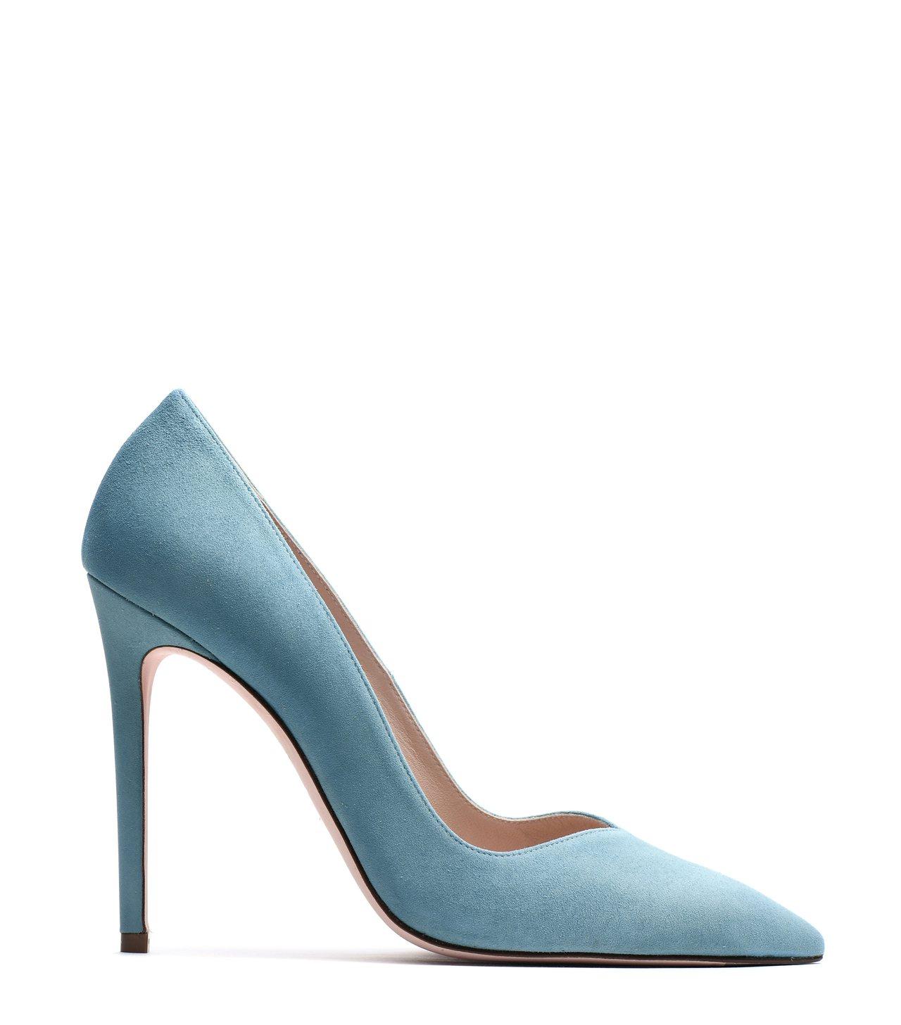 周迅款淺藍色麂皮Anny高跟鞋,價格店洽。圖/Stuart Weitzman提供