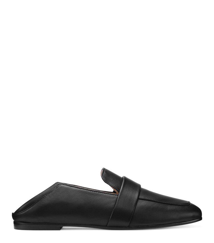 SOGO復興店全台獨售Wylie平底樂福鞋,售價15,500元。圖/Stuart...