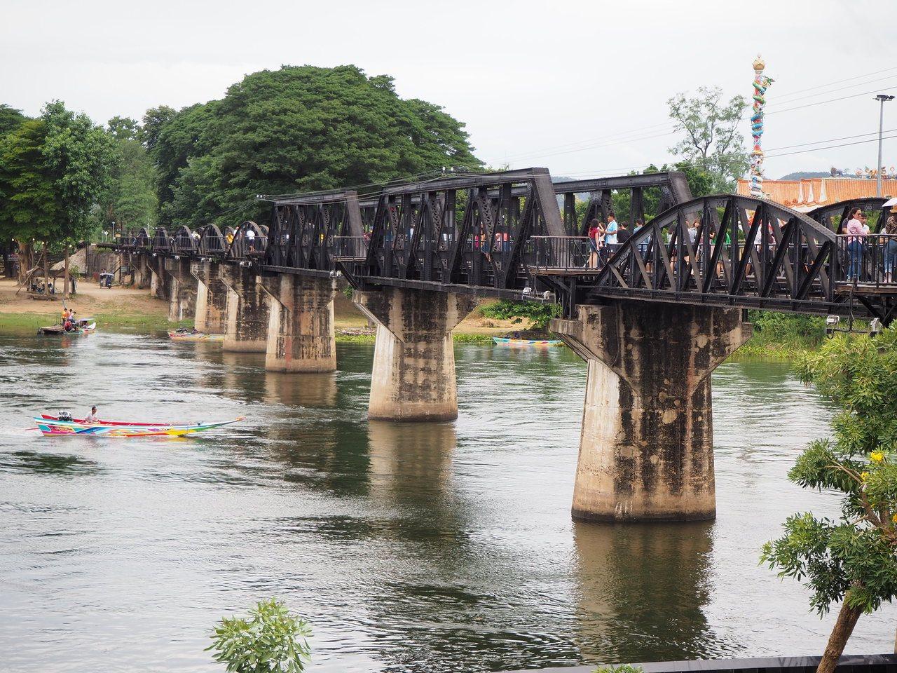 知名的桂河大橋是泰緬鐵路中的一座鐵橋。記者羅建怡/攝影