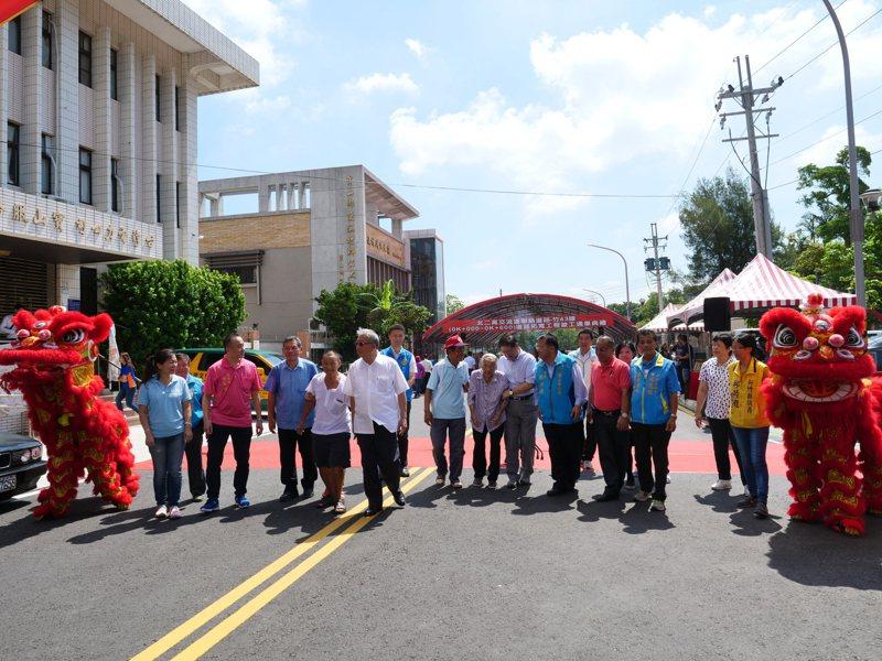 去年1月動工的國道三號寶山交流道聯絡道路拓寬工程,今天舉辦竣工典禮。記者陳斯穎/攝影