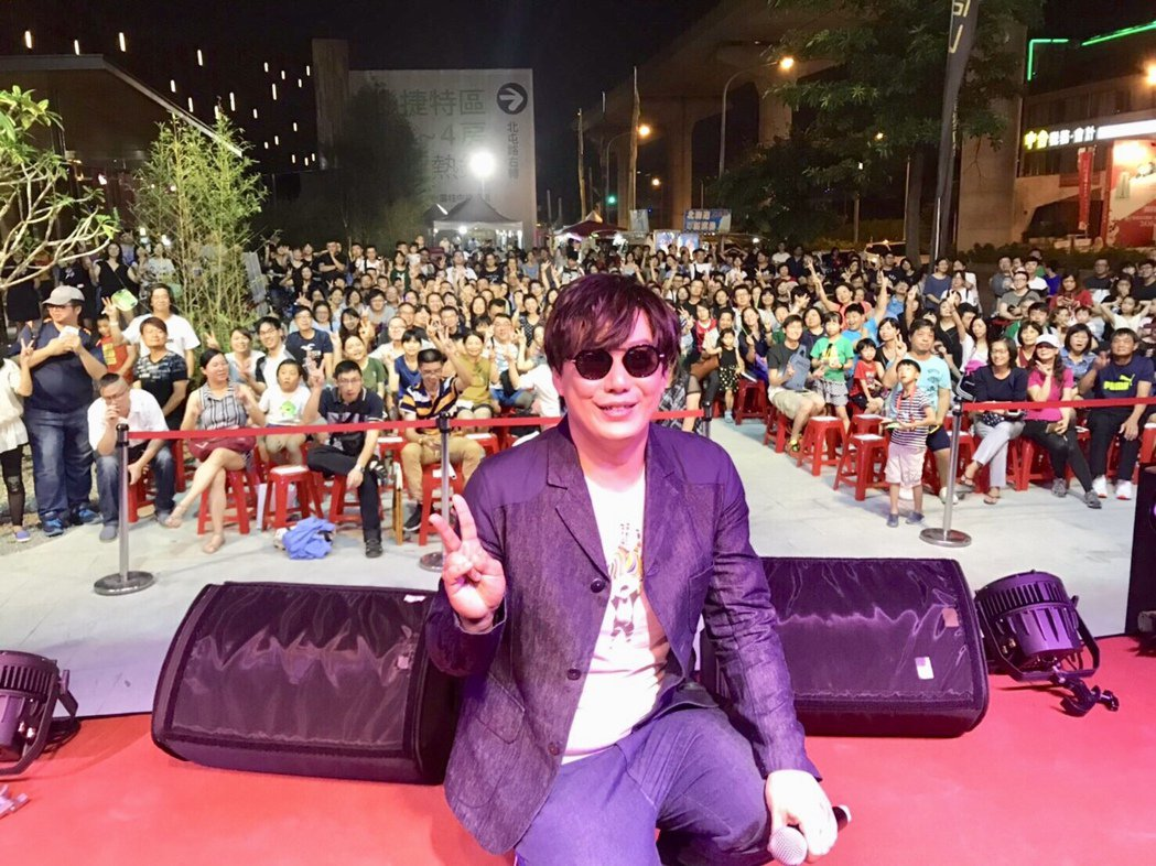 晚上演唱會,更邀請到金曲歌王蕭煌奇、超偶黃文星、超級紅人榜林喬安等熱力開唱。記者...