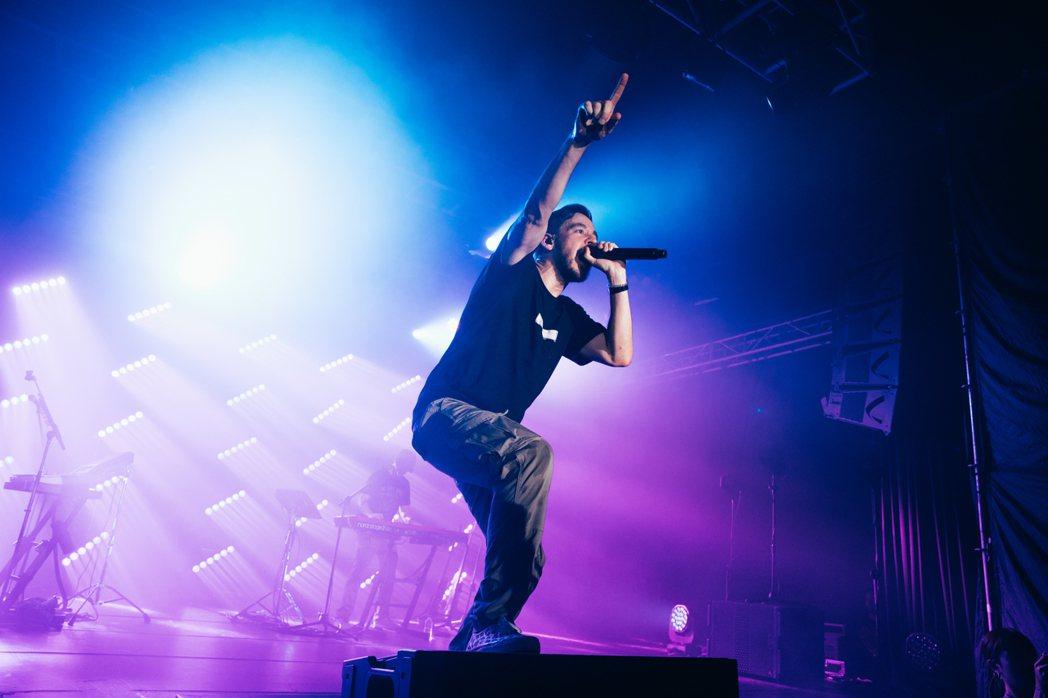 「聯合公園」麥可Mike Shinoda來台開唱緬懷主唱查斯特。圖/Eaglel...