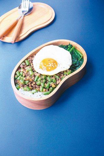 四季豆炒肉末便當 圖/三采文化提供