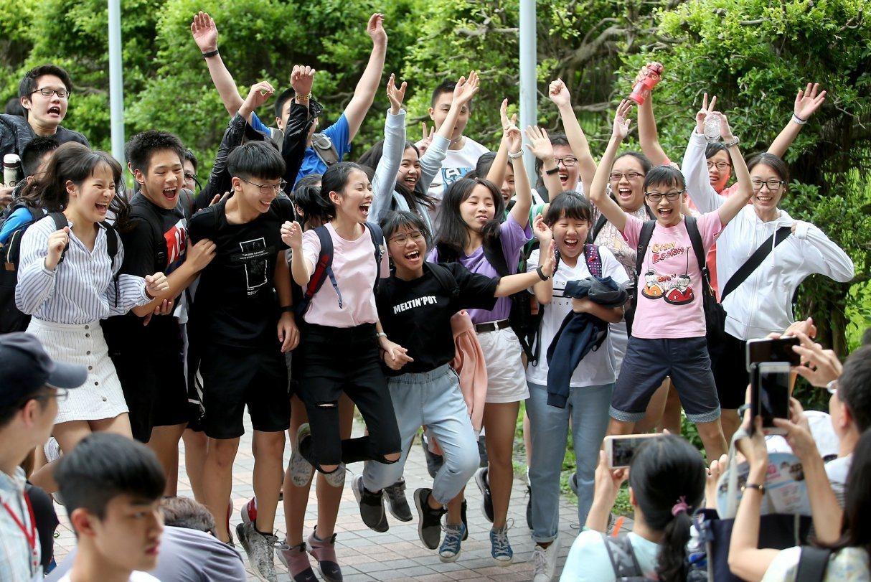 大學「特殊選才」10月將陸續起跑。109學年度,教育部核定校數47校458系、共...