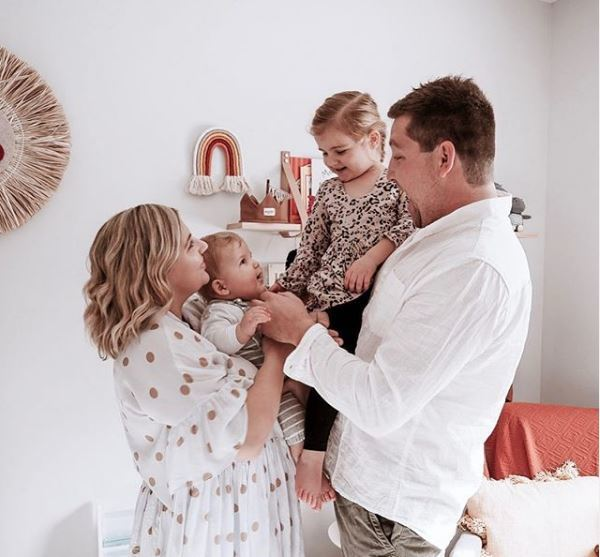 澳洲職業媽女卡門史壯說,收納能將時間節省下來陪伴家人。圖/取自Instagram...