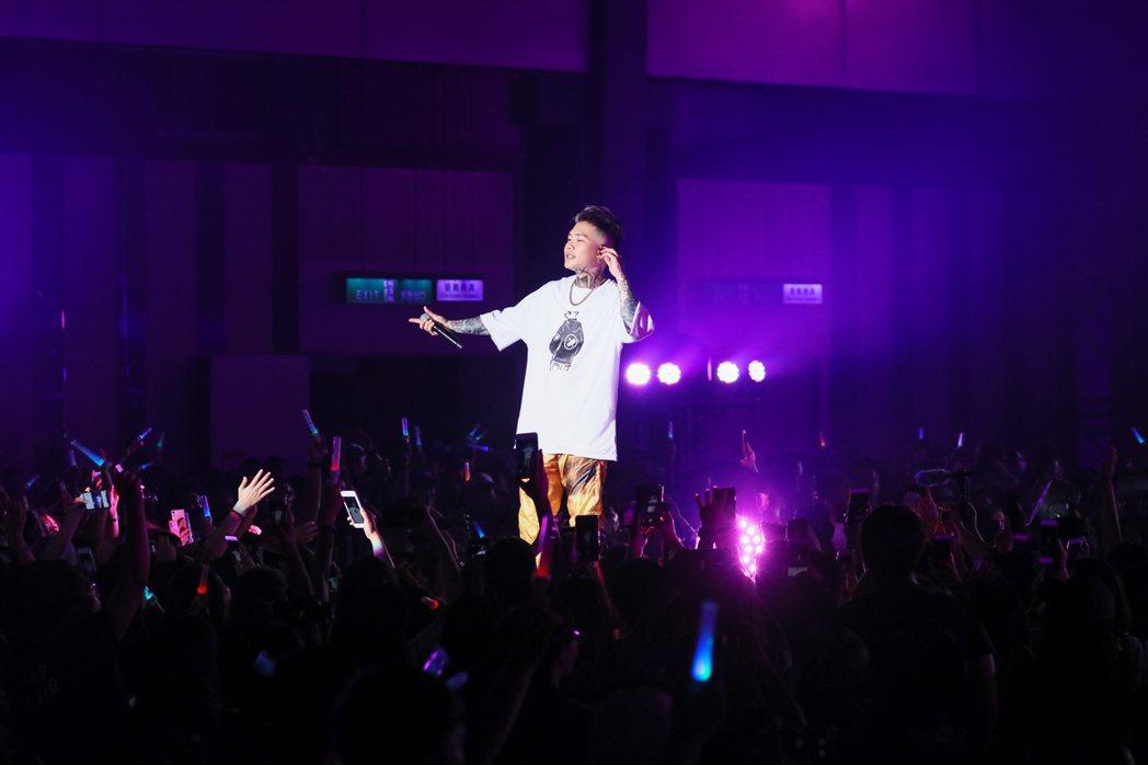 蕭秉治在高雄舉辦「凡人MORTAL」巡演。圖/相信提供