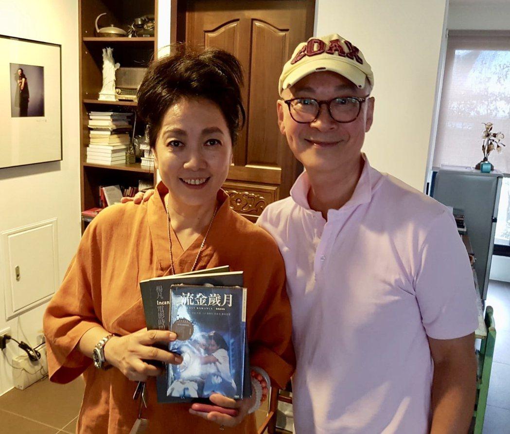 齊豫(左)與楊凡導演。圖/花生映社有限公司提供