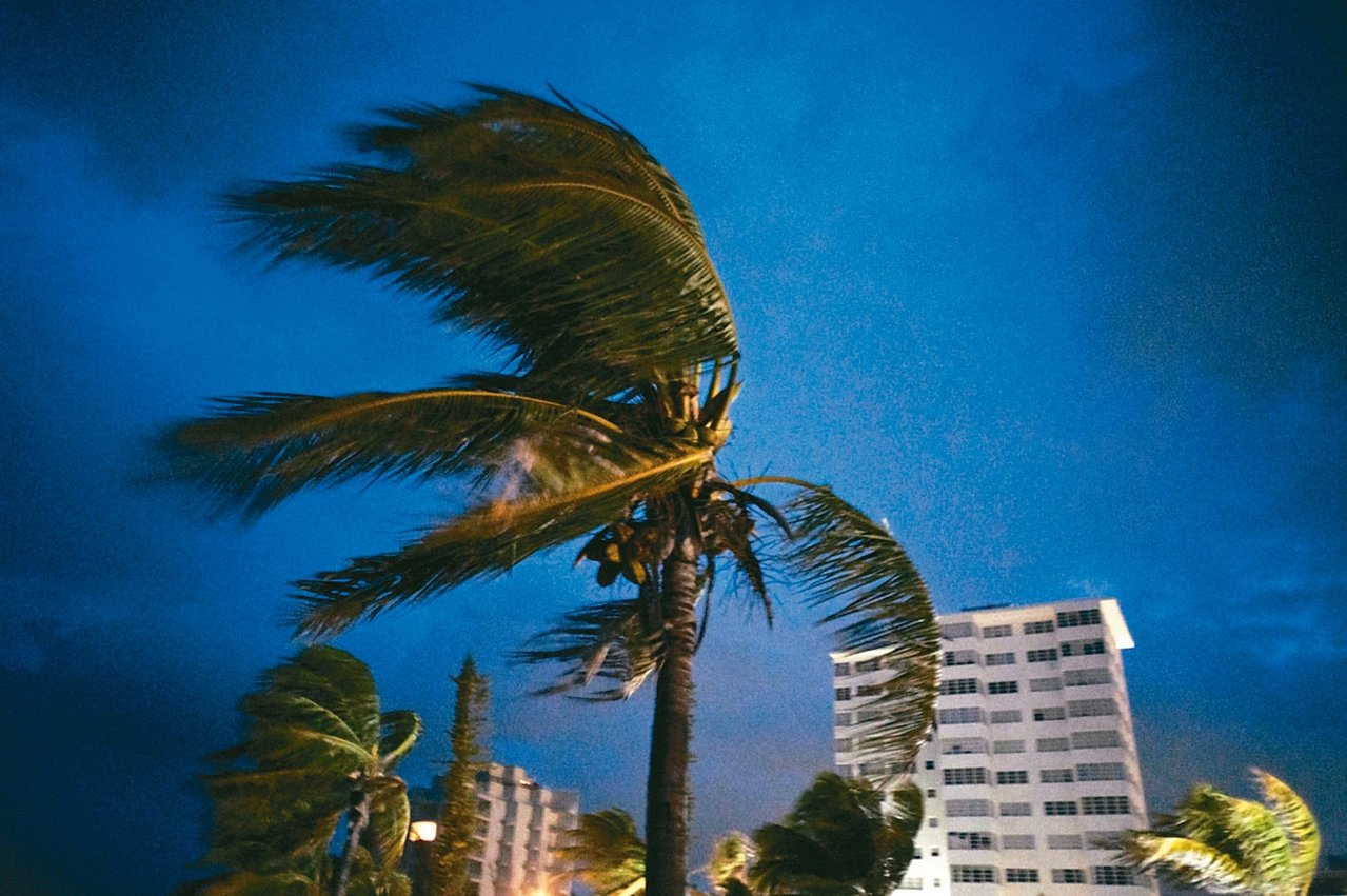 五級颶風多利安(Dorian)1日登陸巴哈馬北部,狂風橫掃自由港。 美聯社