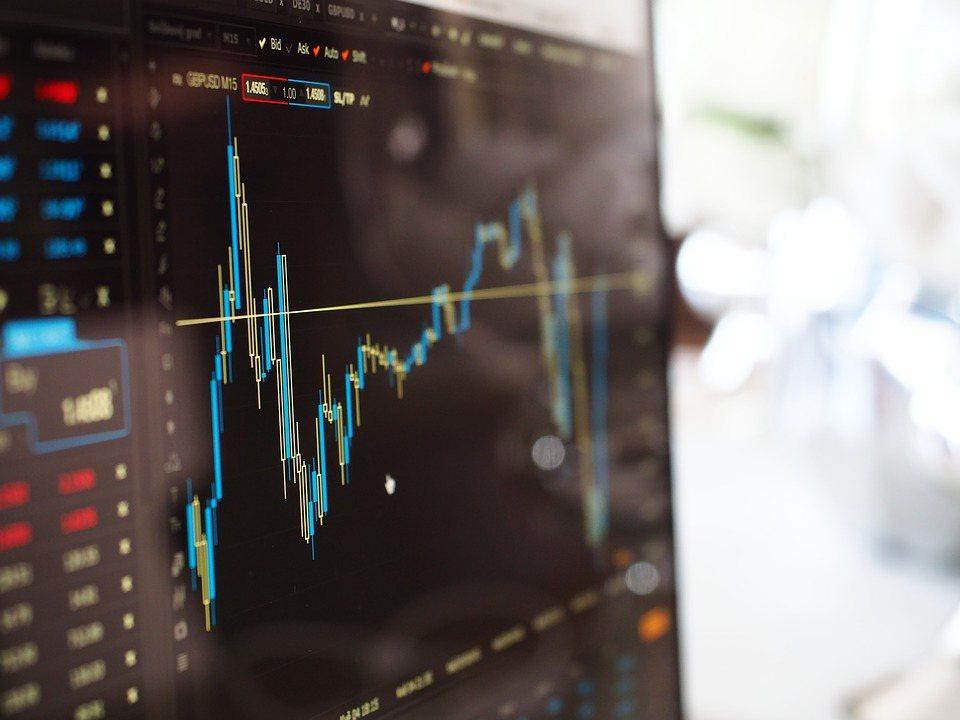 投資需先看能承受多少風險,再來看報酬。 圖/Pixabay