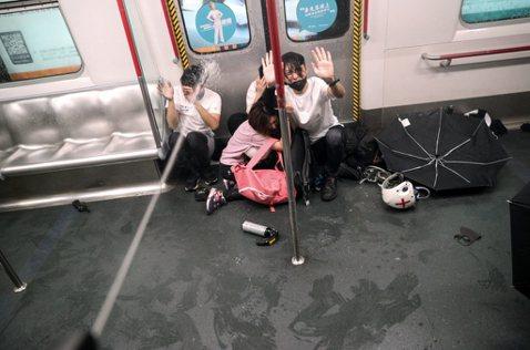 831實錄(上):元朗事件再現?港警衝進太子站無差別暴打