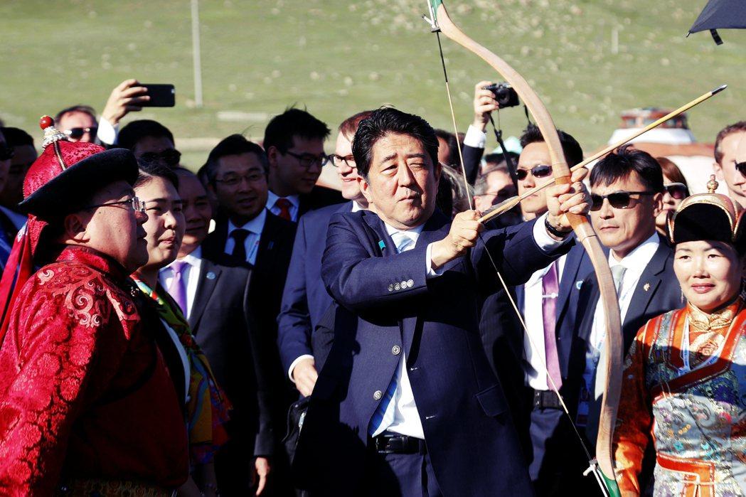近來隨著美中貿易戰升溫,為了建構中國的包圍網,蒙古也成為美國拉攏的對象,而身為蒙...