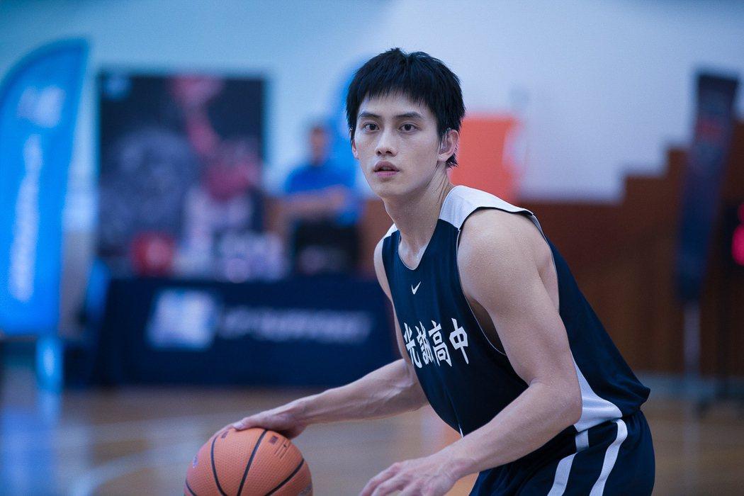 范少勳在「下半場」苦練籃球,就是為了展現完美球技。圖/逆光提供