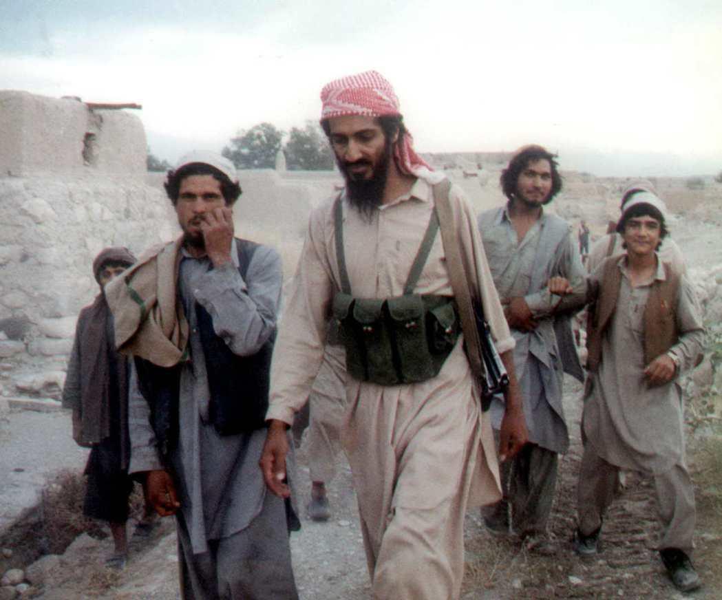 阿富汗的塔利班政權,是如何與賓拉登搭上線?又是如何捲入恐怖主義?圖為蘇聯-阿富汗...