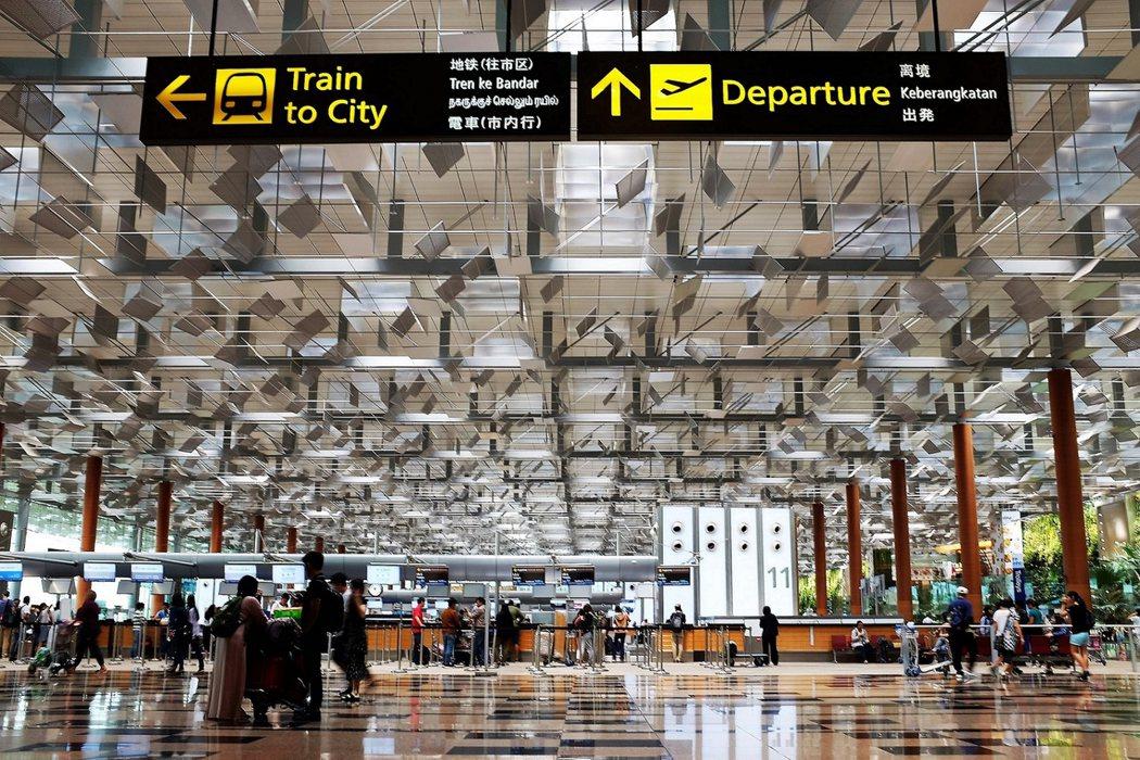 樟宜機場不但是亞洲重要的轉運站,也一向被公認為世界上最佳的機場之一。