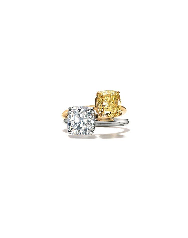 「Tiffany美鑽傳奇主題展」中亦能見到Tiffany True鉑金鑲嵌白鑽戒...