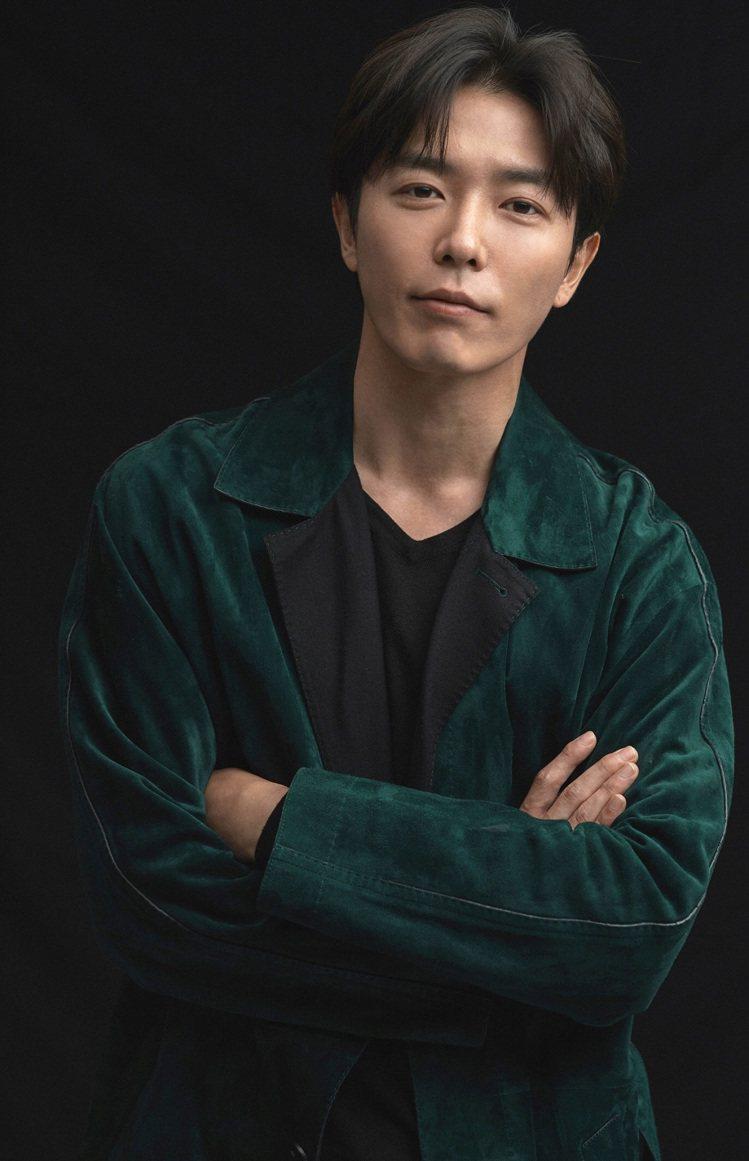 韓國男星金材昱將在這周首度造訪台灣,擔任Tiffany美鑽傳奇主題展的看展嘉賓,...