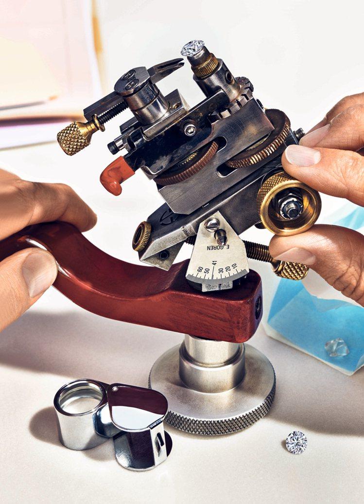 Tiffany以四大主題共六間展間忠實呈現品牌的美鑽世界。圖/Tiffany &...