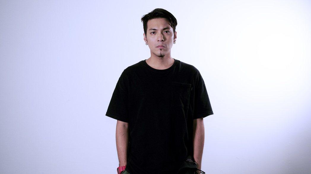潘俊佳(嘎嘎)推出個人單曲「都是我」。圖/潘俊佳提供