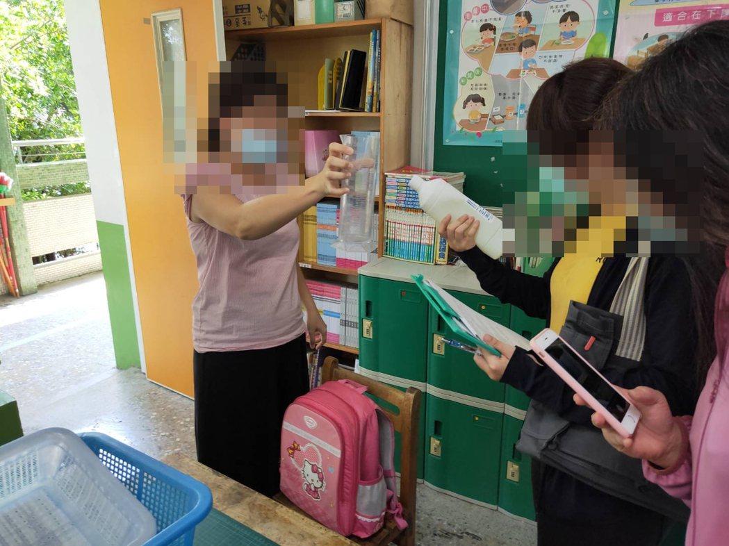 高雄市三民區某國小一年級新生上周五迎新活動後,傳出疑似流感群聚疫情,271人中有...