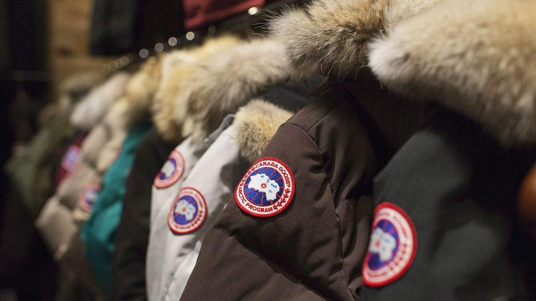 創辦近60年的「加拿大鵝」會夯起來,主要是名人的「帶貨」效應。圖/美聯社