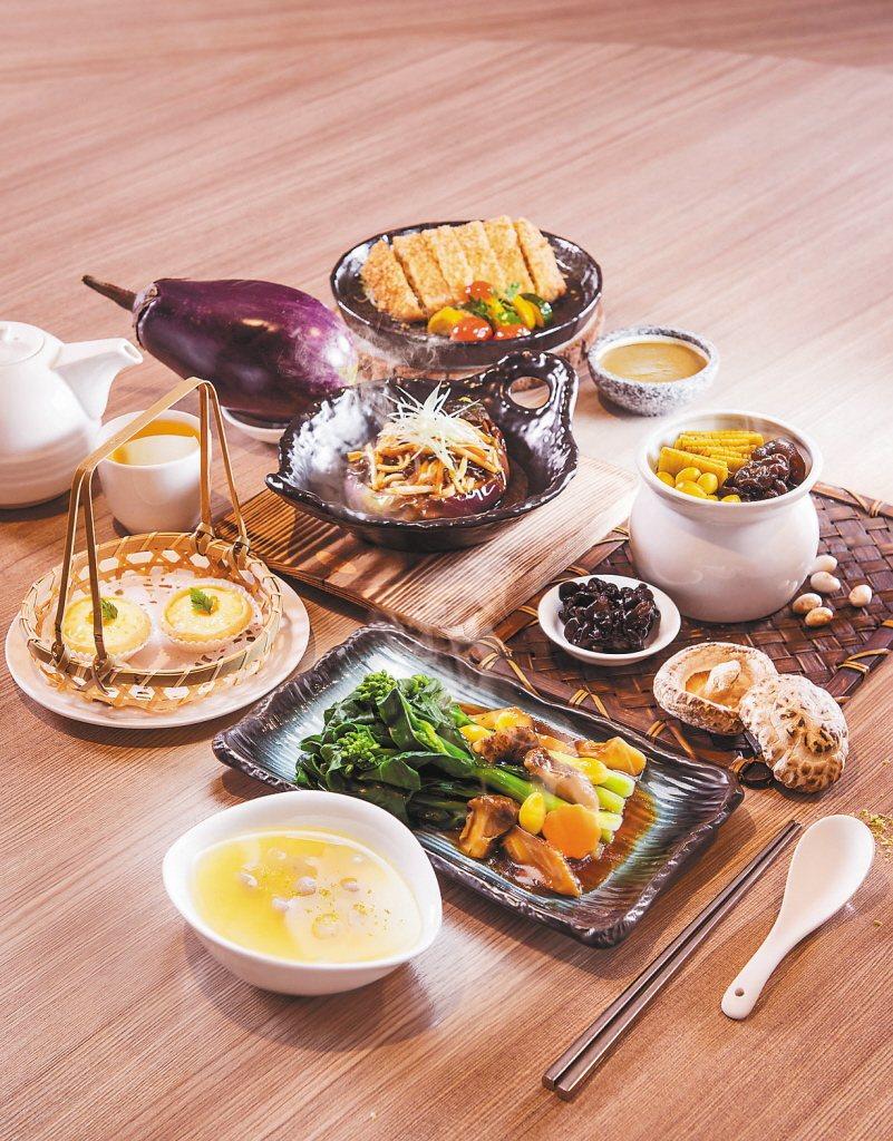 中國人常把飲食與「養生」相結合,中國飲食更承傳了悠久的歷史與文化,注重天然食療功...