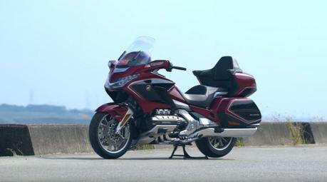 影/旅行的意義 – Honda GOLDWING