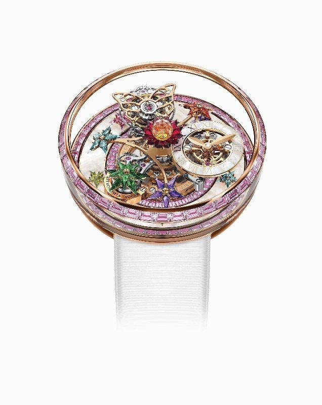 由太子珠寶鐘錶連續第十年贊助的「World Brand Piazza」專區,展示...