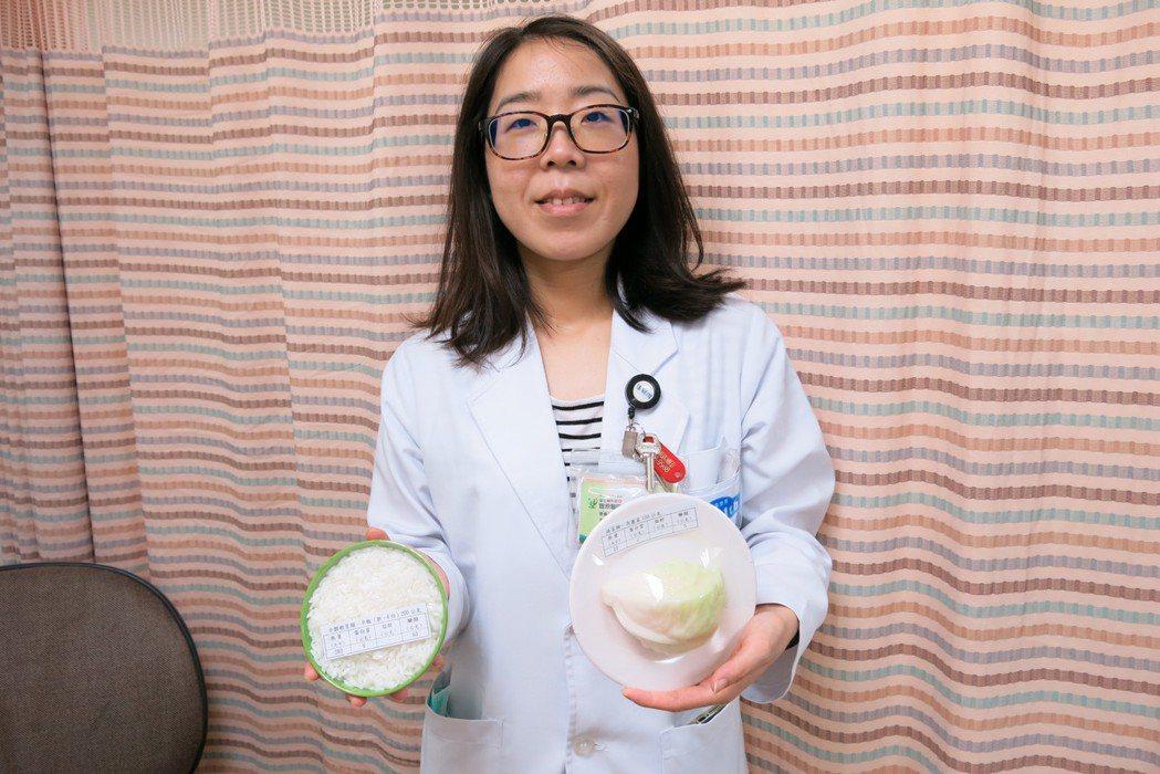 衛福部豐原醫院營養師楊舒閔表示,其實不吃白飯或油脂類食物,反而對減重一點幫助都沒...