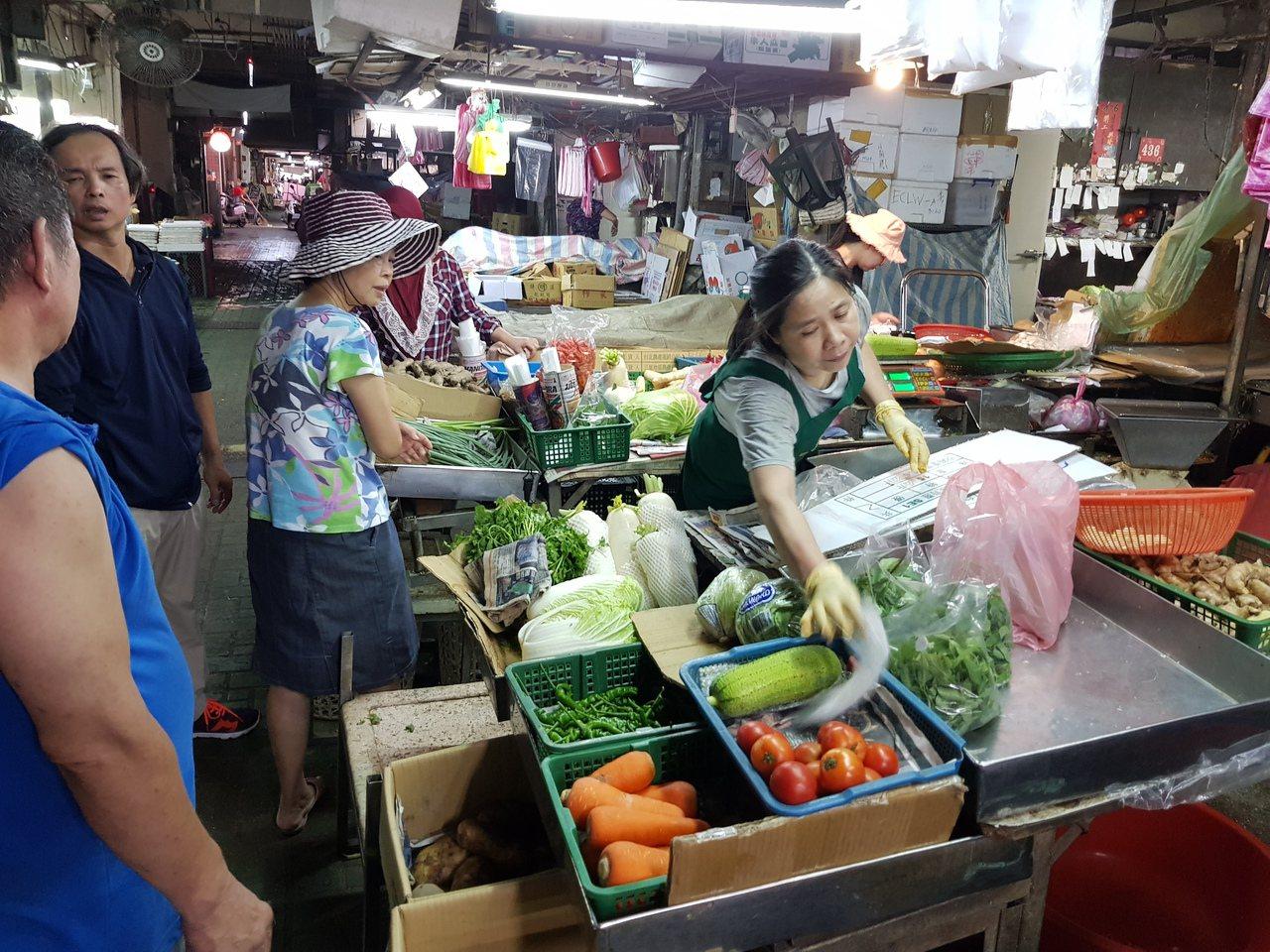 彭啟明說,台灣菜價波動,總是看到颱風還沒有來,會先漲一波。本報資料照片