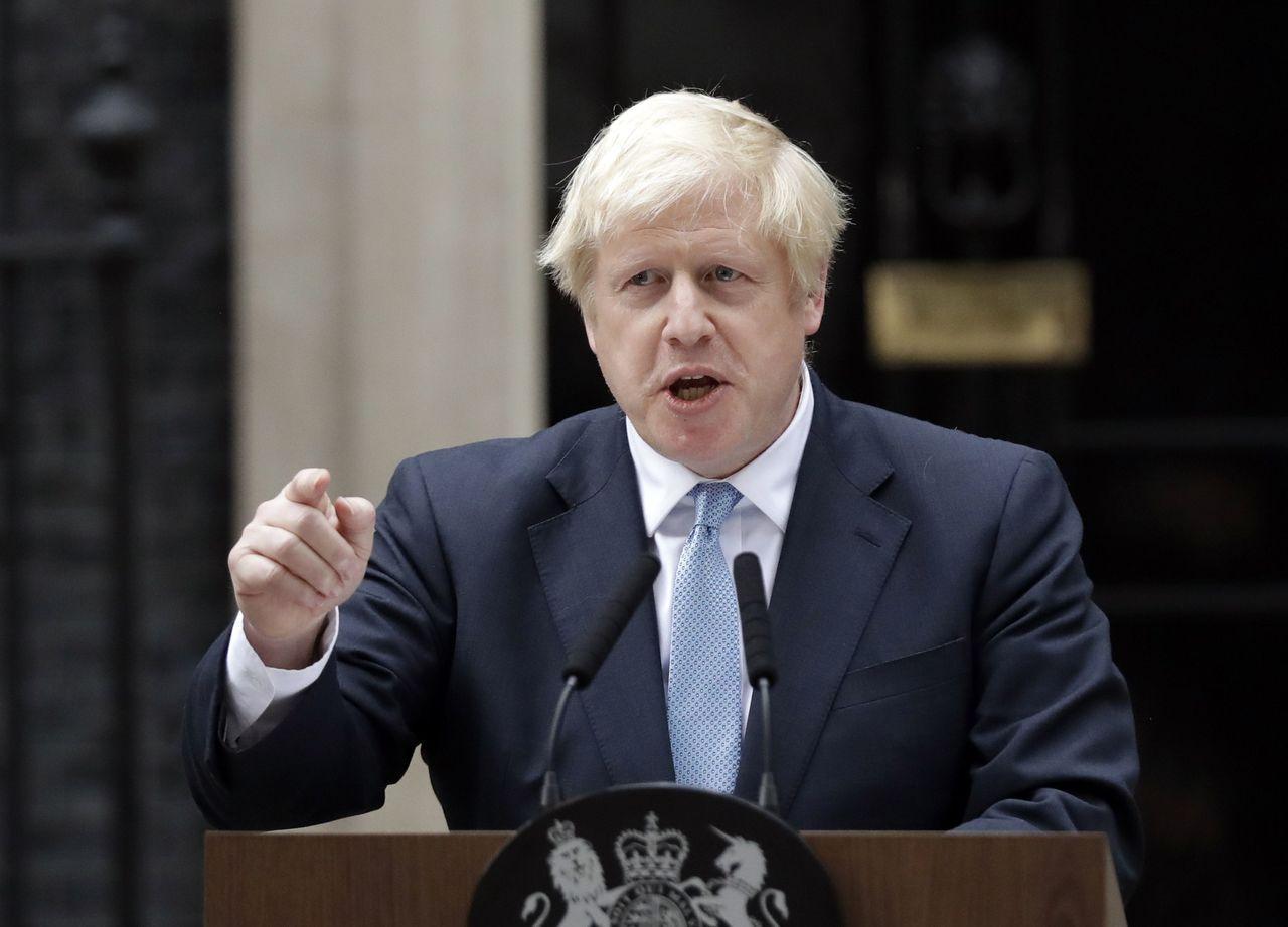 英國首相強森昨天揚言,如果國會今天表決迫使他延後脫歐,他將尋求在10月14日重新...