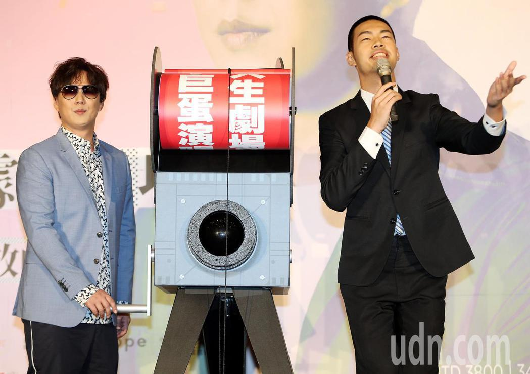 踏入歌壇近二十年的蕭煌奇,昨舉行記者宣布年底二度站上台北小巨蛋開唱,擅長模仿費玉