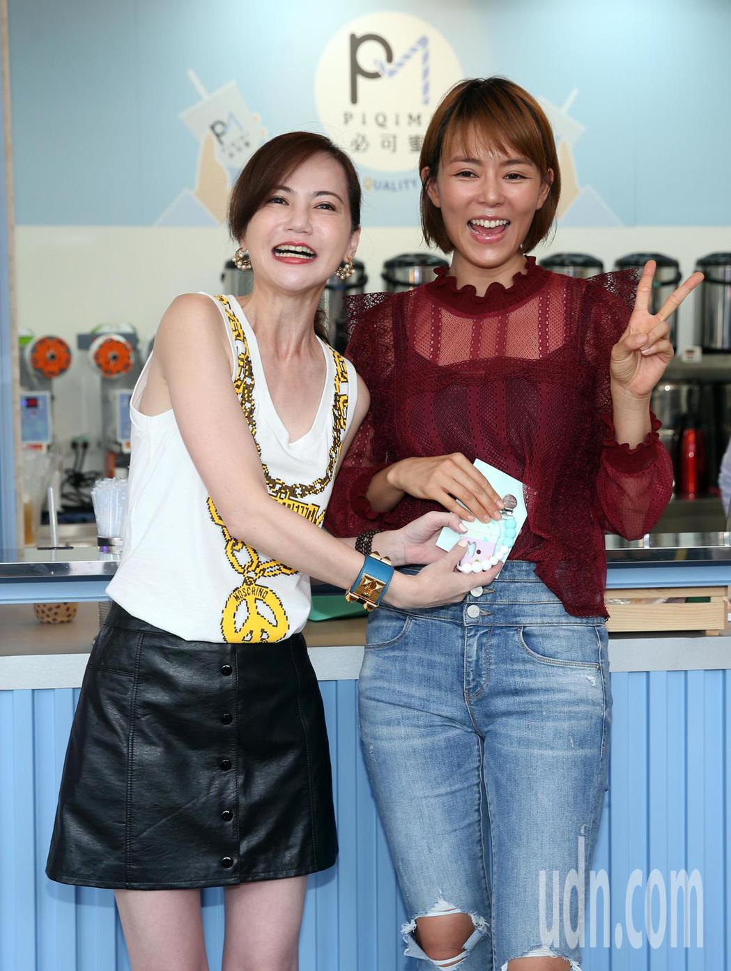 簡沛恩飲料店開新店、劉香慈出席擔任嘉賓。記者曾吉松/攝影