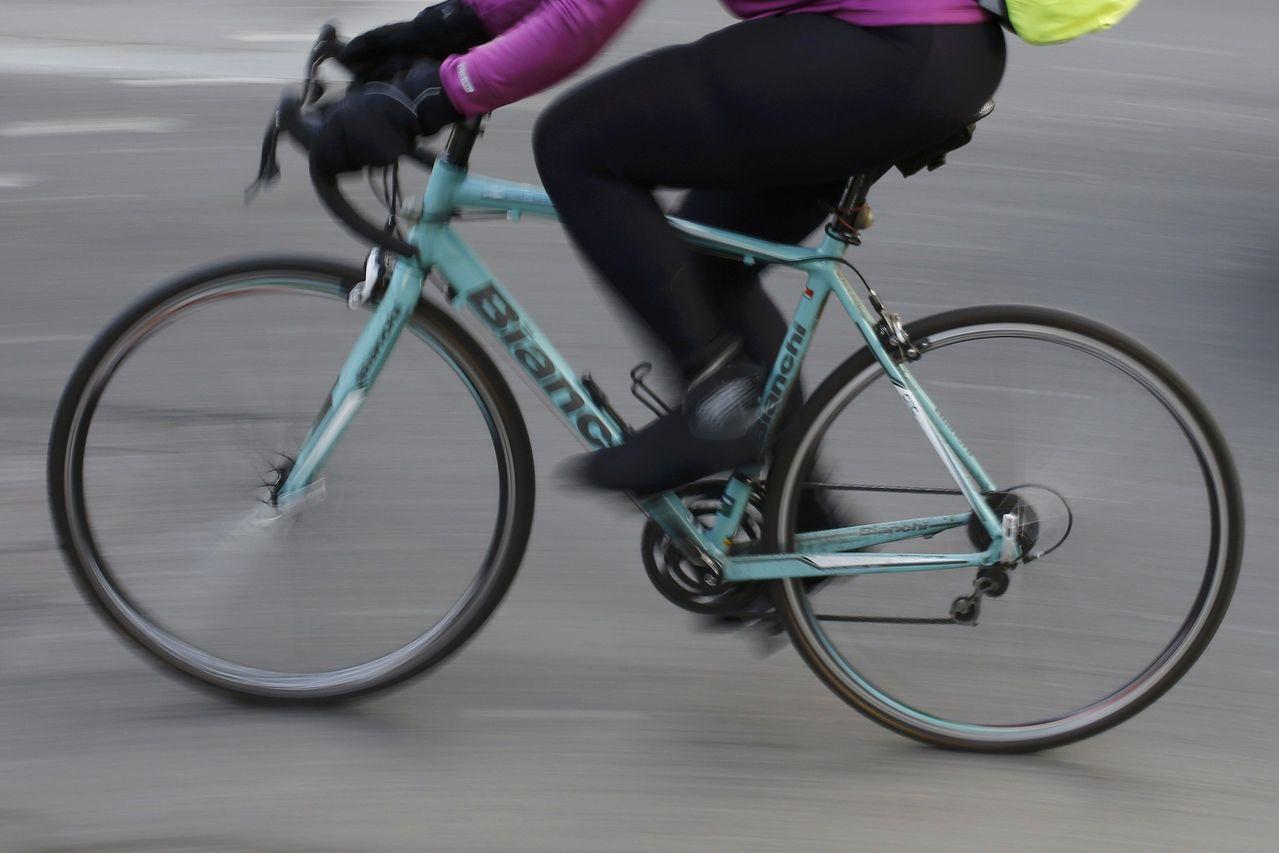 倫敦金融城湧現裁員潮,導致大批自行車遭離職行員棄置不顧,有些價值不菲。路透