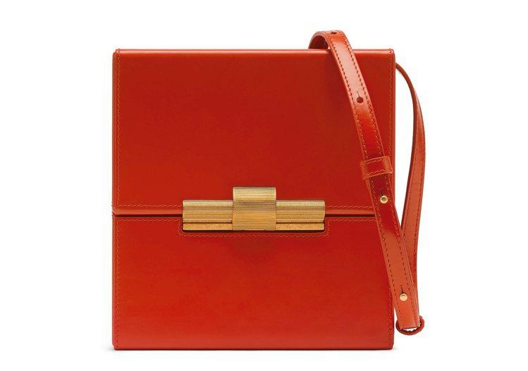 DAISEY牛皮肩背包,74,000元。圖/Bottega Veneta提供