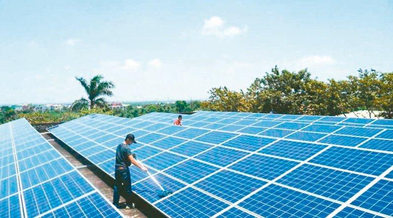 政府喊出二○二五年再生能源占比達百分之二十。 圖/聯合報系資料照片