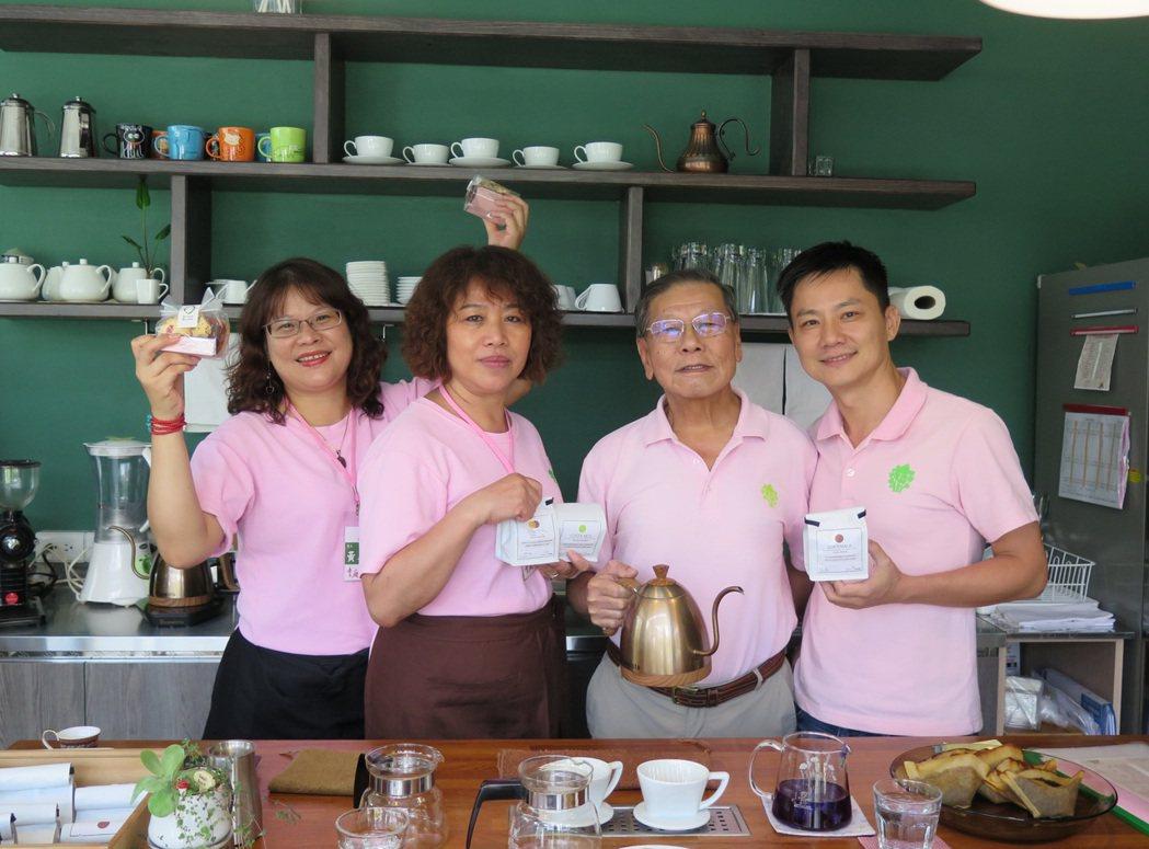 臺中市童庭社會福利慈善事業基金會的辦公室旁,開設了一間咖啡廳「種子手作坊」,店裡...