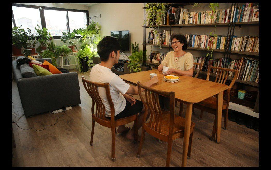 打造舒適居家過程,也能促進子女和長輩互相更加了解。 圖/聯合報系資料庫