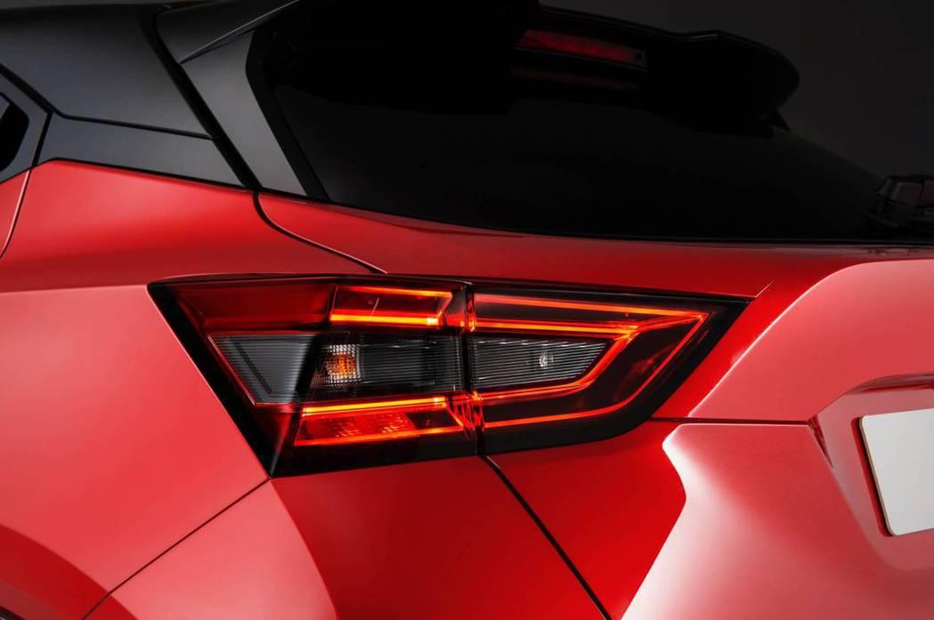 第二代Nissan Juke捨棄了原有的回力鏢造型尾燈。 摘自Nissan