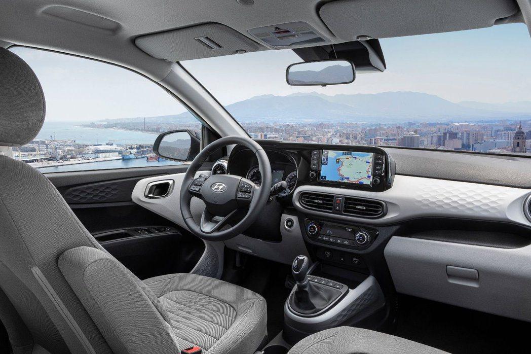 第三代Hyundai i10內裝科技質感大提升。 摘自Hyundai
