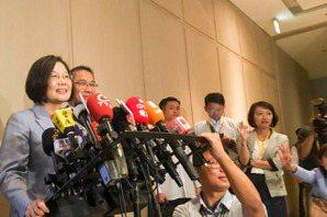 郭台銘邀辯論台灣未來 蔡英文:他應該做實質的事情