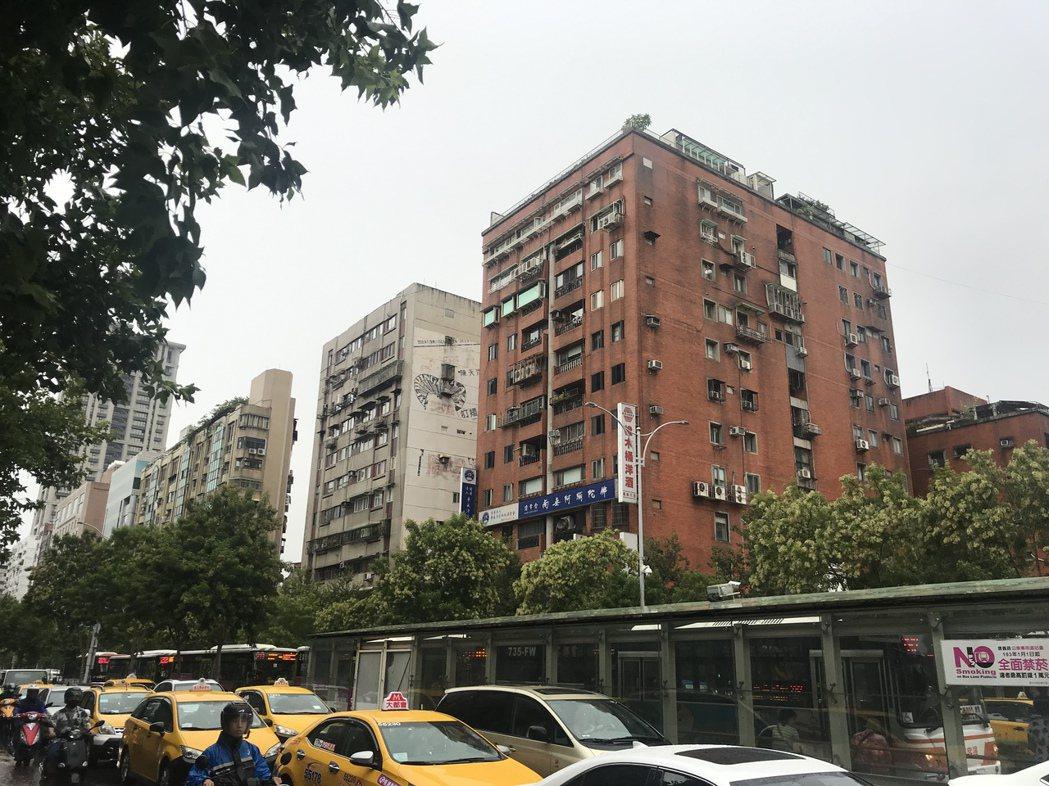 吉星大廈 記者游智文/攝影