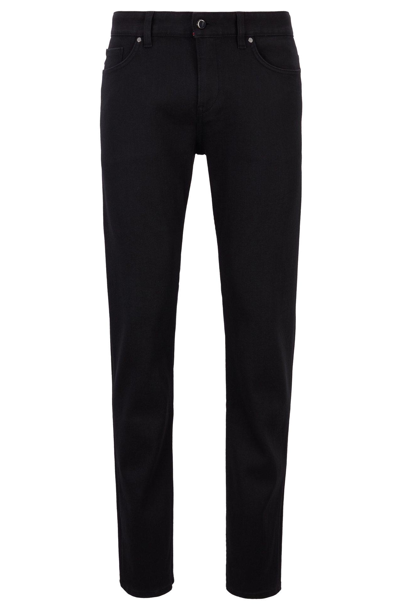 BOSS與保時捷聯名系列黑色長褲,9,900元。