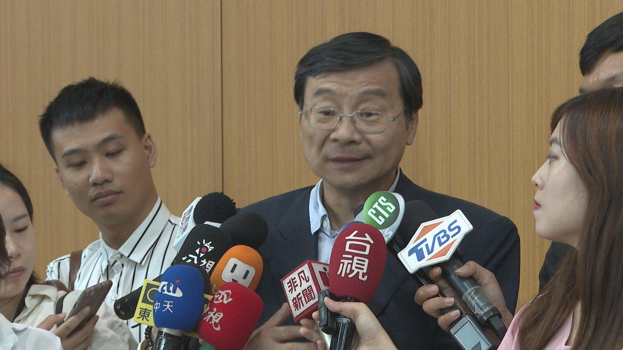 為搶救青年低薪,國民黨立委曾銘宗(圖)等人共同提出「提升薪資執行特別條例」草案。...
