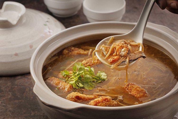 魷塊、鹹甜羹湯搭配的「魷豐穰鮮湯」。圖/欣葉提供