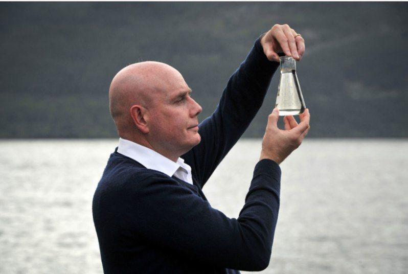 紐西蘭奧塔哥大學遺傳學家格梅爾公布研究結果,尼斯湖水怪可能是一尾巨大鰻魚。(法新社)