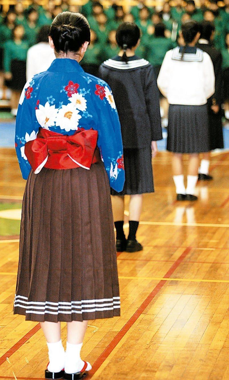 北一女百歲校慶展出最早期的和服校服。圖/聯合報系資料照片