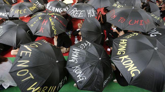 香港由「反送中」事件而起的群眾抗爭,已延燒好幾個月。圖/路透