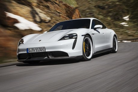 預接單超過700張、2020年抵台 全新Porsche Taycan純電跑車正式發表!
