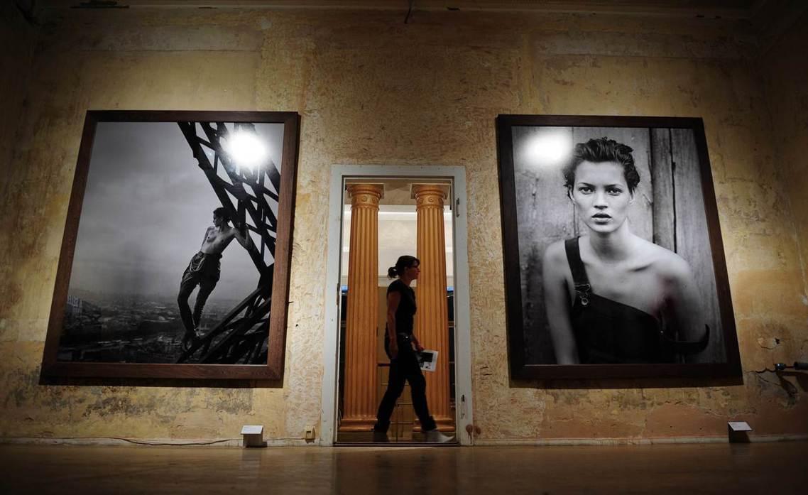 「當代攝影師應有責任,去解放女性、最終解放所有人,於對青春與完美的恐懼之中。」圖...